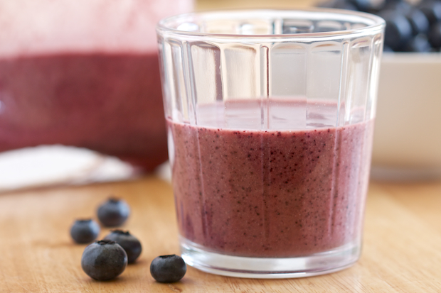 Blueberry Peaches and Cream Smoothie