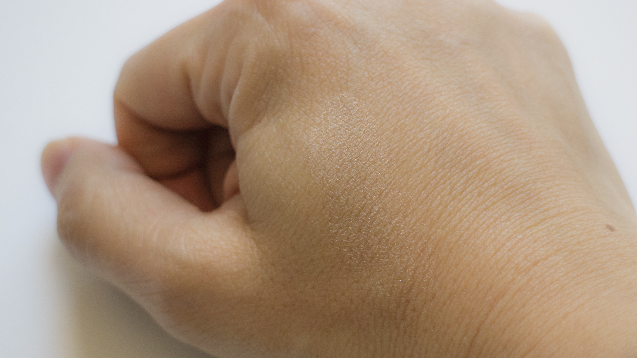 Cle de Peau's Luminizing Face Enhancer in 16  finger swatched.