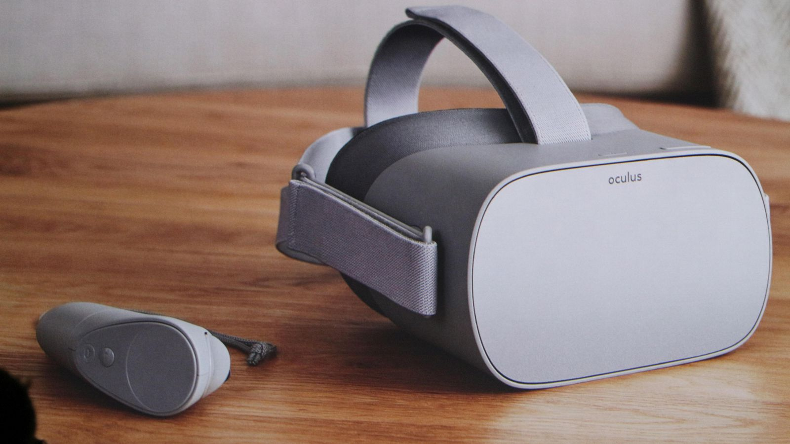 Oculus Go On Desk