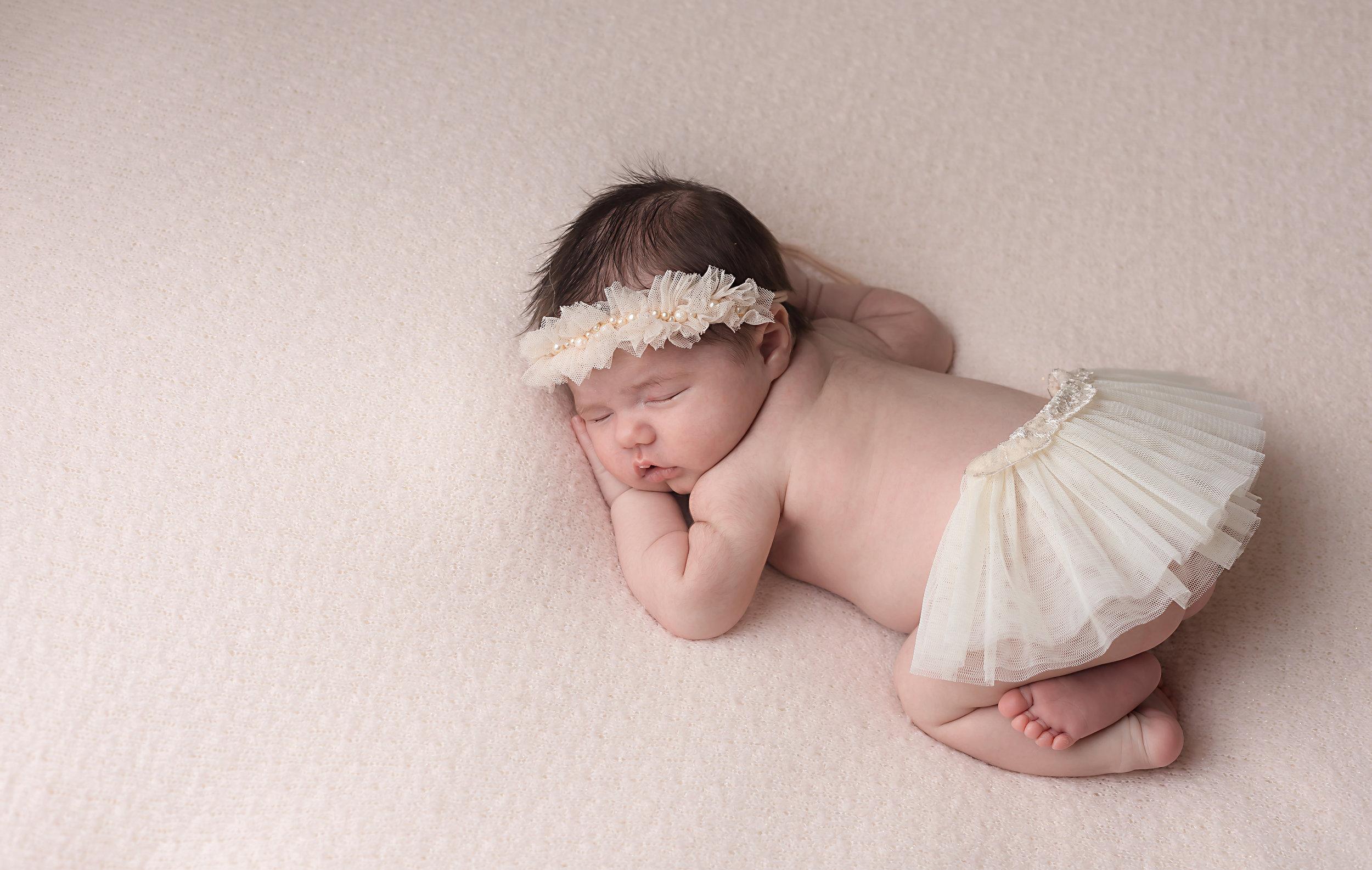 Danirosephotography.newbornphotographeraberdeen.babyphotography.5.jpg