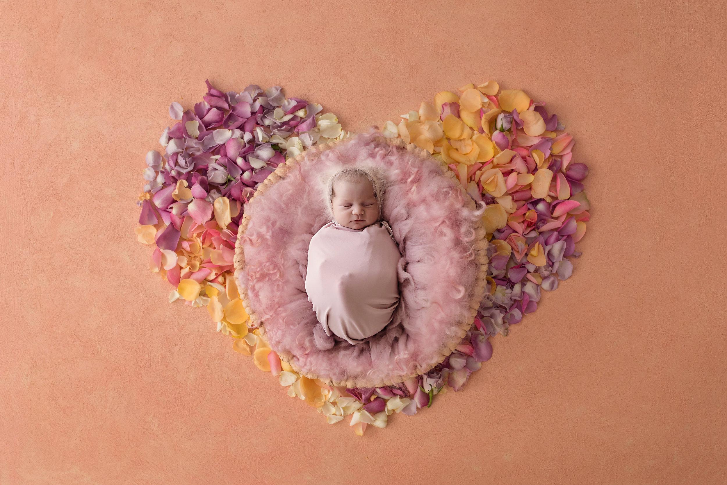 Danirosephotography.newbornphotographeraberdeen.babyphotography.1.jpg