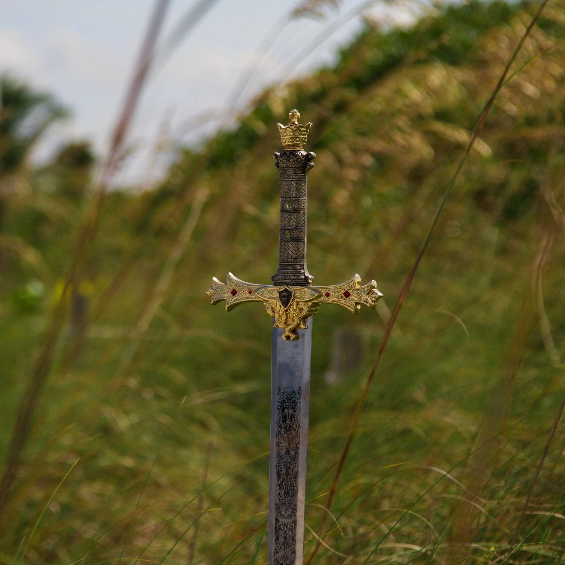 Spirit Weaver Sword.jpg