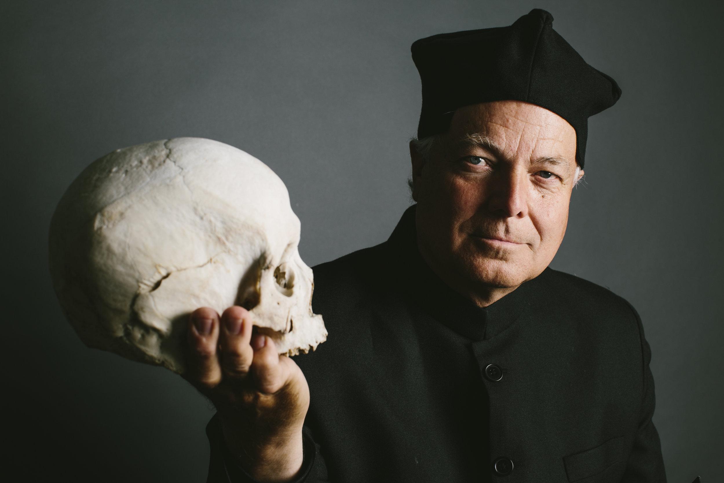 Clay Jenkinson with Yorick's Skull