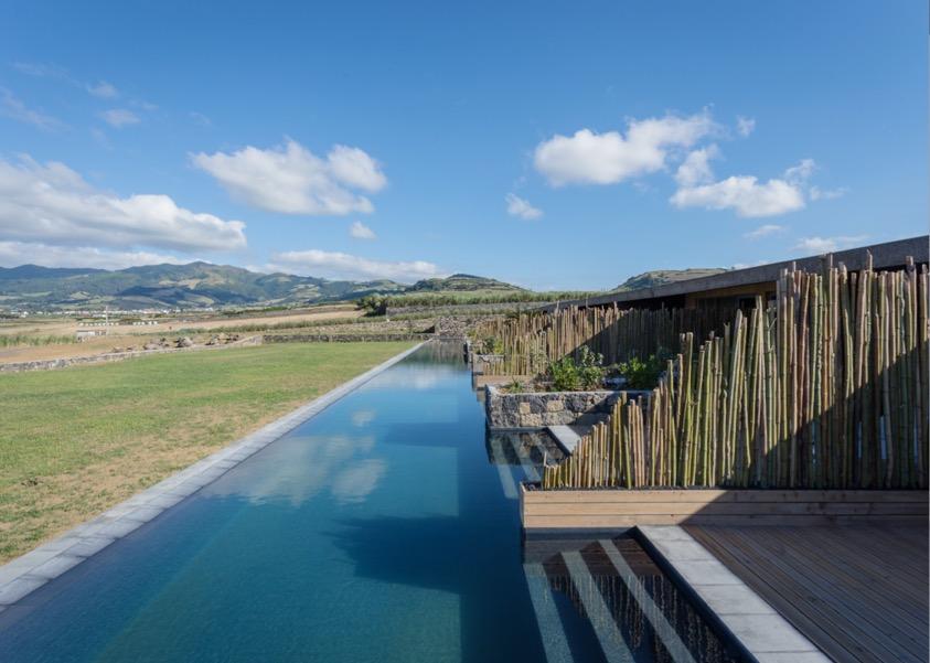bgw - azores hot pool.JPG