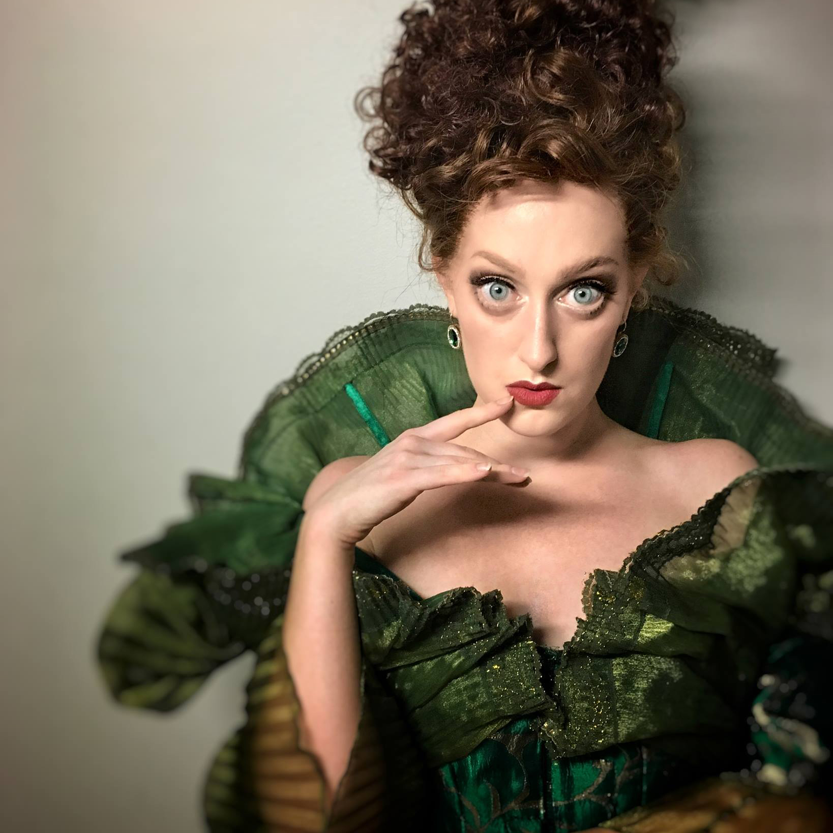 Chloe Fox as Lady of Ridicule. Photo by Ryan Hunt