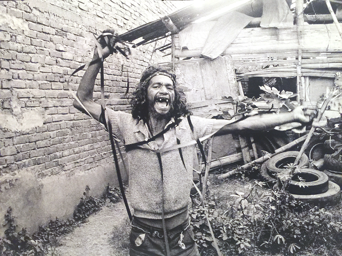 An actor on set, Aggarando Pueblo
