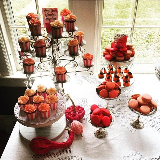 Pink Ombre maca dessert spread