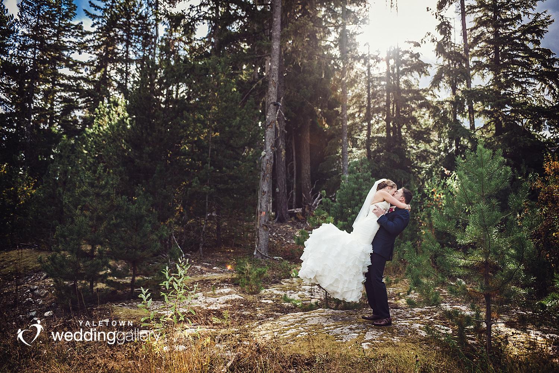 whistler-wedding-nita-lake-lodge-yaletown-wedding-gallery-yaletown-photo-