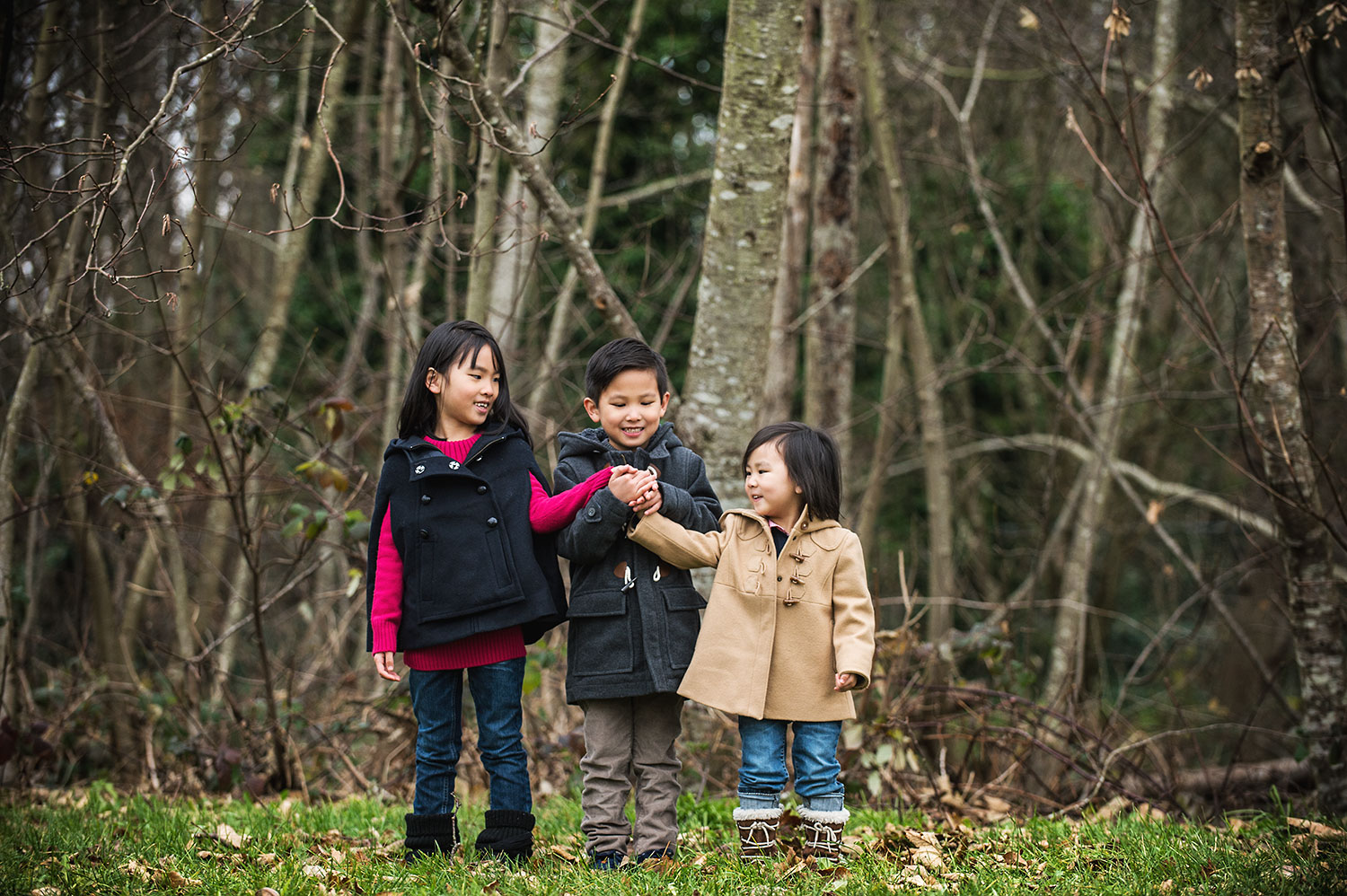 siblings-family-portraits-southlands-vancouver-portraits-yaletown-photography-photo
