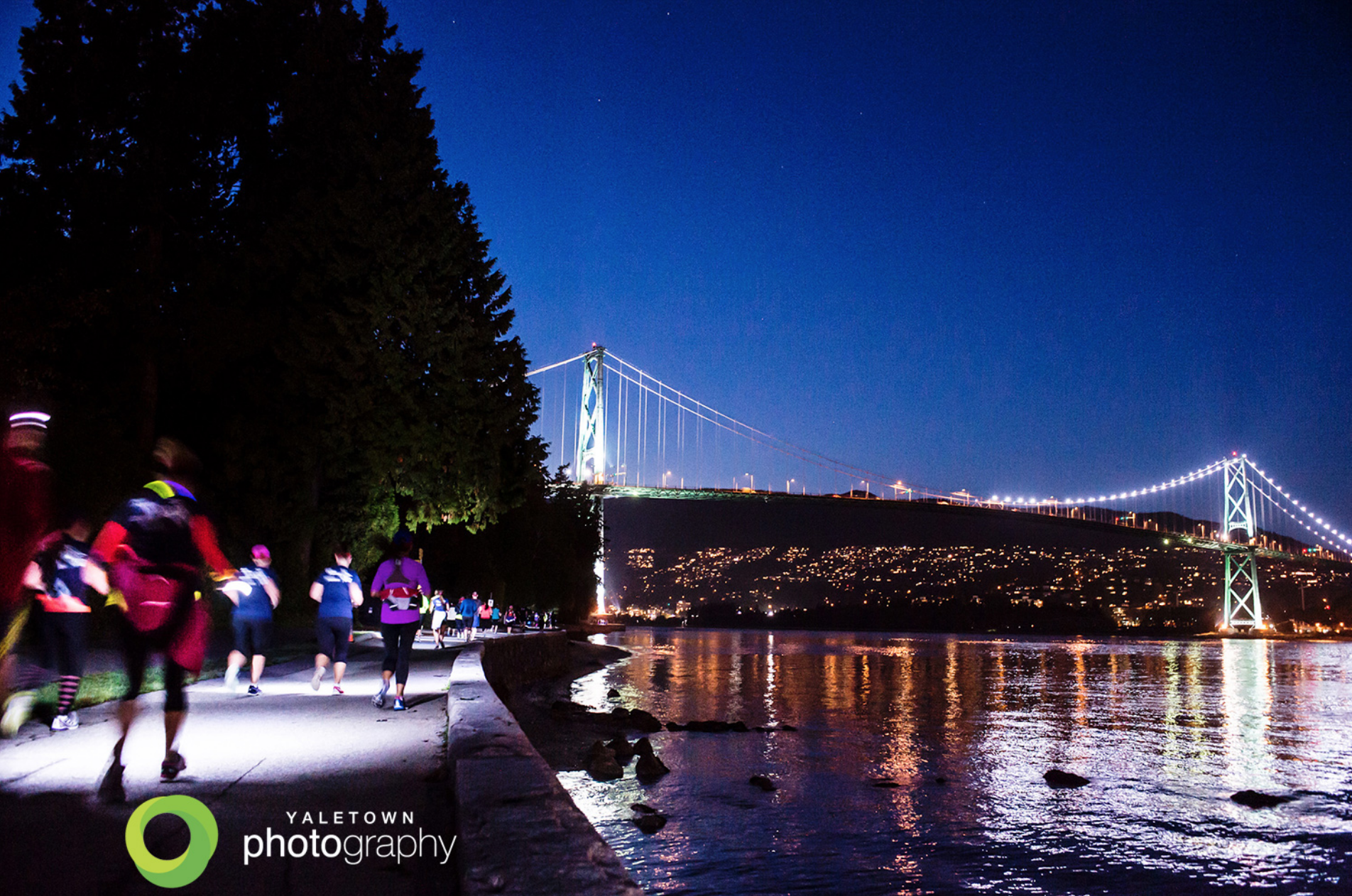 Nightrace_Vancouver_stanley-park-running-racing-pure-protein-brooks-vancouver-event-photographer-sport-photography-photo