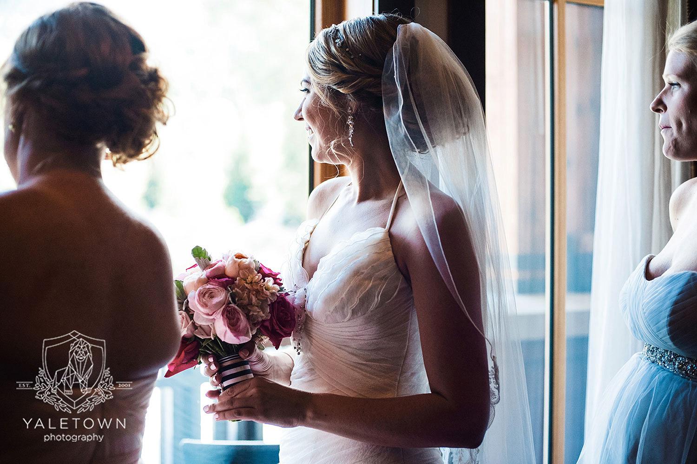 whistler-wedding-nita-lake-lodge-yaletown-photography-vancouver-wedding-photographer-05-photo.jpg