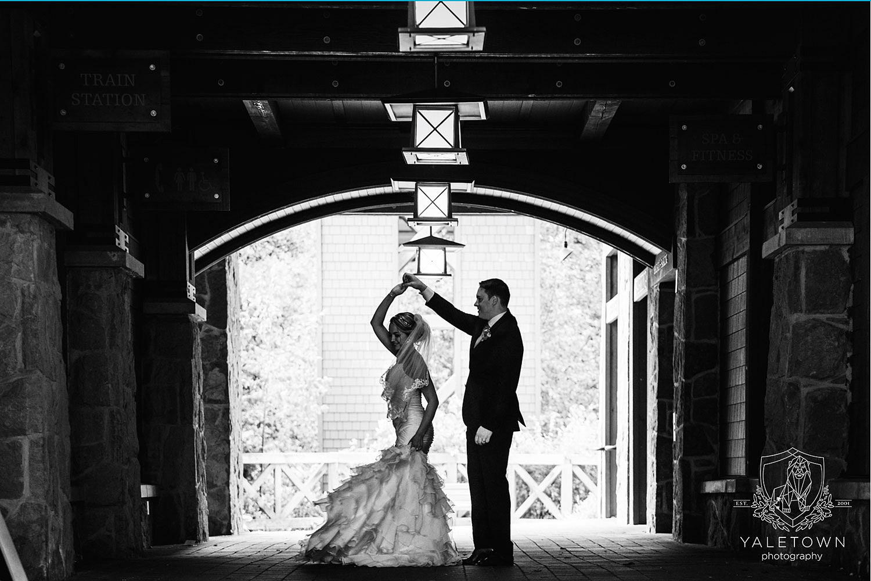 whistler-wedding-nita-lake-lodge-yaletown-photography-vancouver-wedding-photographer-23-photo.jpg