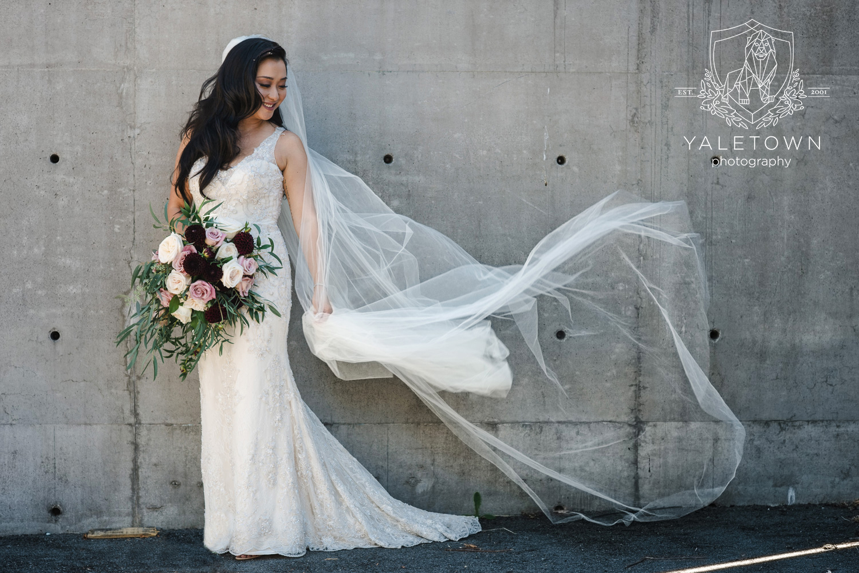 bridal-veil-bridal-portraits-four-seasons-hotel-vancouver-wedding-yaletown-photography-photo-15.jpg