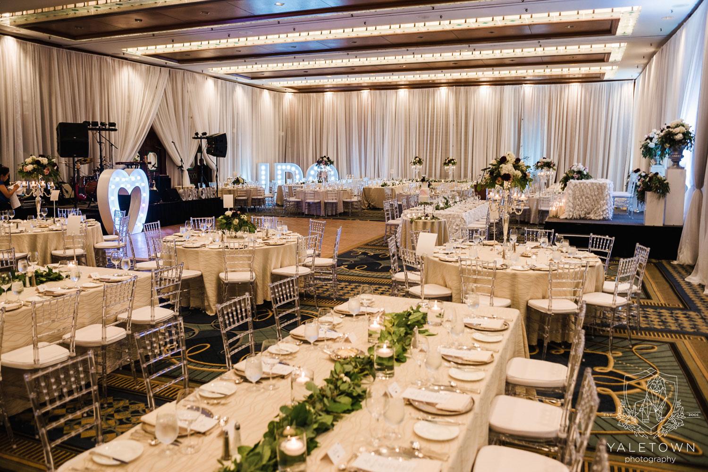 wedding-reception-ballroom-four-seasons-hotel-vancouver-wedding-yaletown-photography-photo-37.jpg