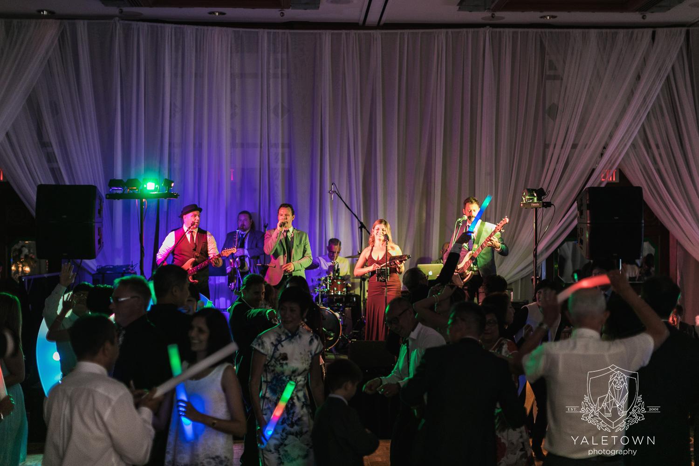 wedding-reception-band-four-seasons-hotel-vancouver-wedding-yaletown-photography-photo-51.jpg