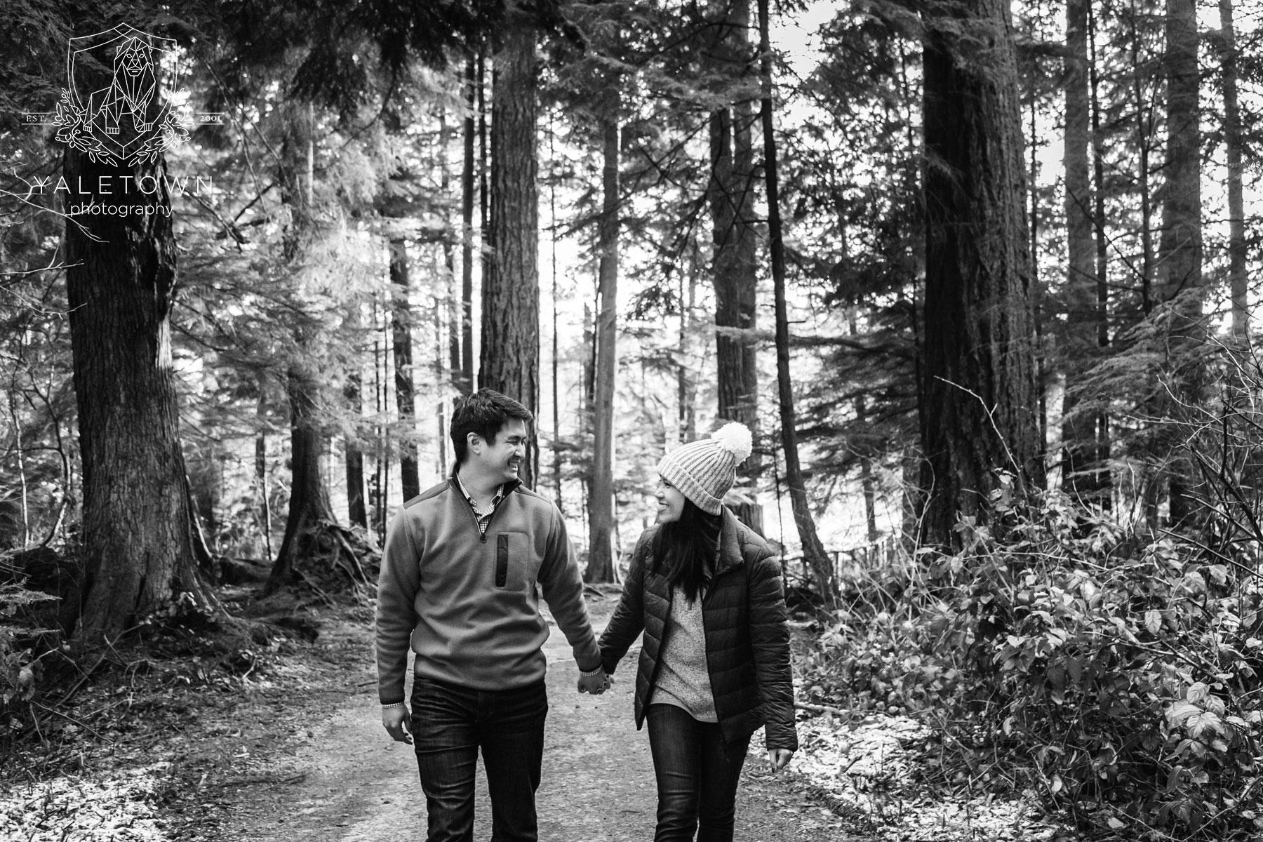 Wedding-Proposal-Vancouver-Stanley-Park-Wedding-Photographer-Vancouver-Yaletown-Photography-Photo-16.JPG