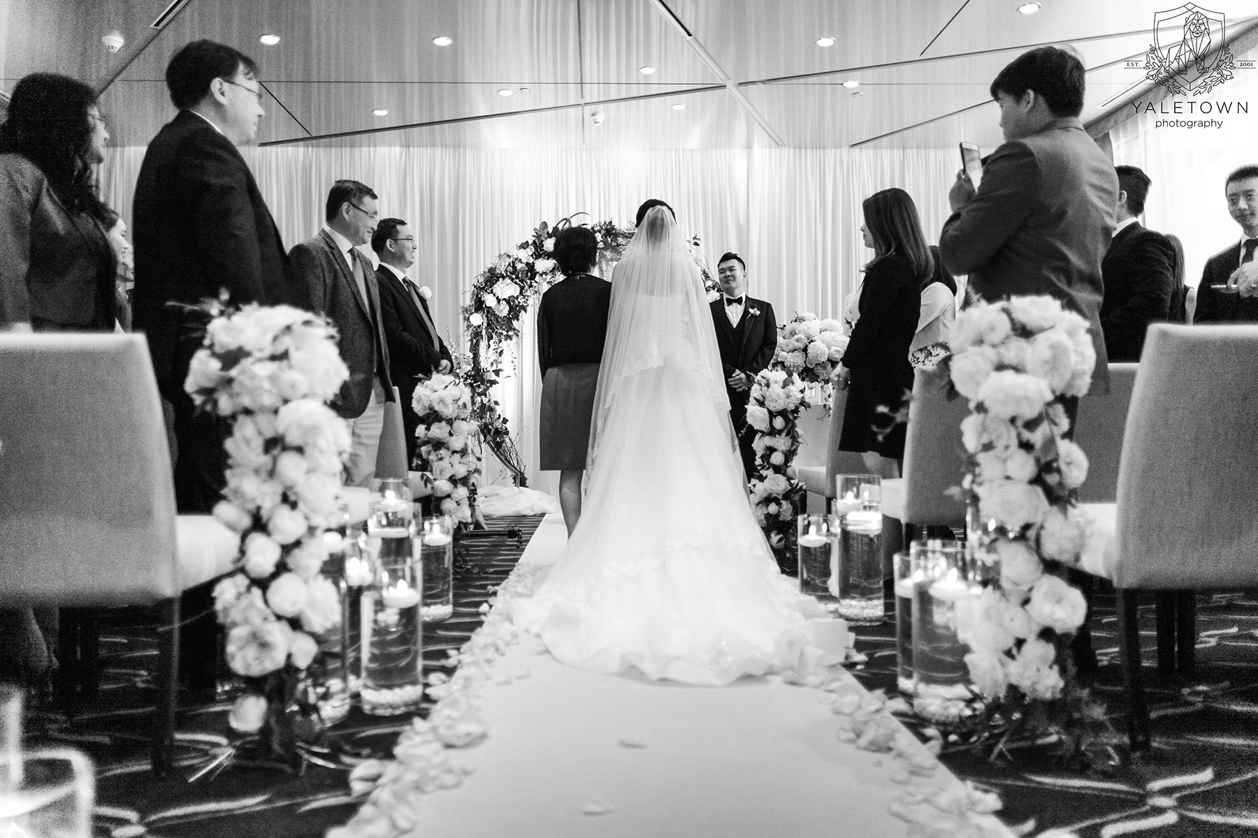 Wedding-Ceremony-Bride-Groom-Rosewood-Hotel-Georgia-Vancouver-Wedding-Yaletown-Photography-photo