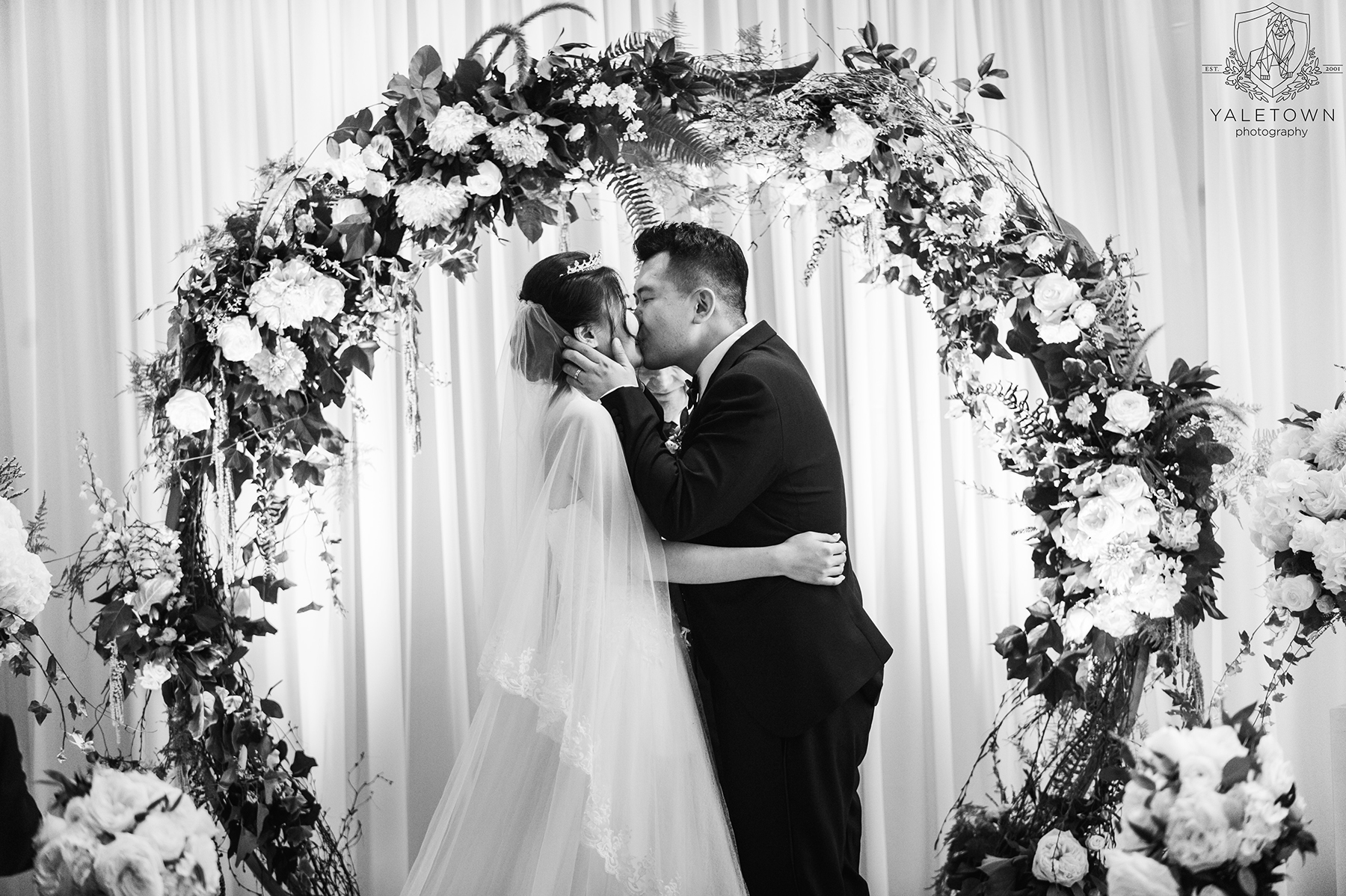 Wedding-Ceremony-Bride-Groom-First-Kiss-Rosewood-Hotel-Georgia-Vancouver-Wedding-Yaletown-Photography-photo