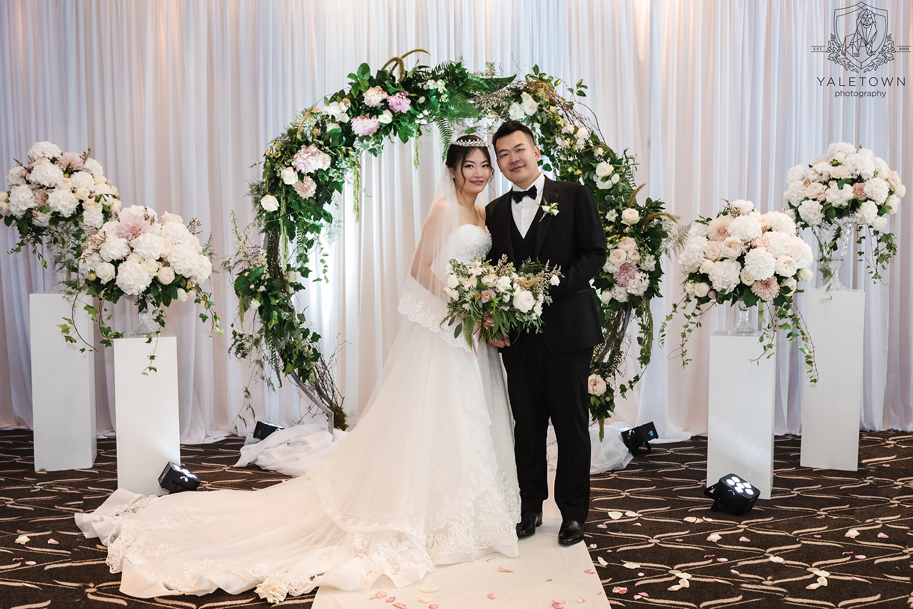 Bride-Groom-Rosewood-Hotel-Georgia-Vancouver-Wedding-Yaletown-Photography-photo