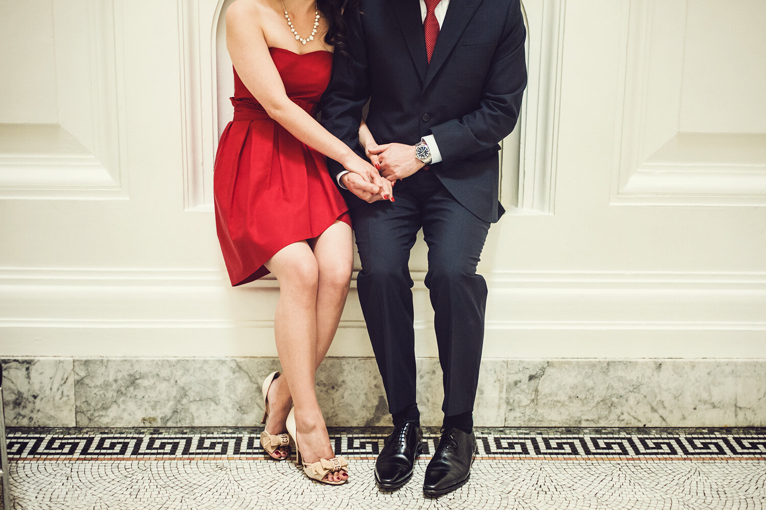 Vancouver-Art-Gallery-Engagement-Photo-Yaletown-Photography-photo