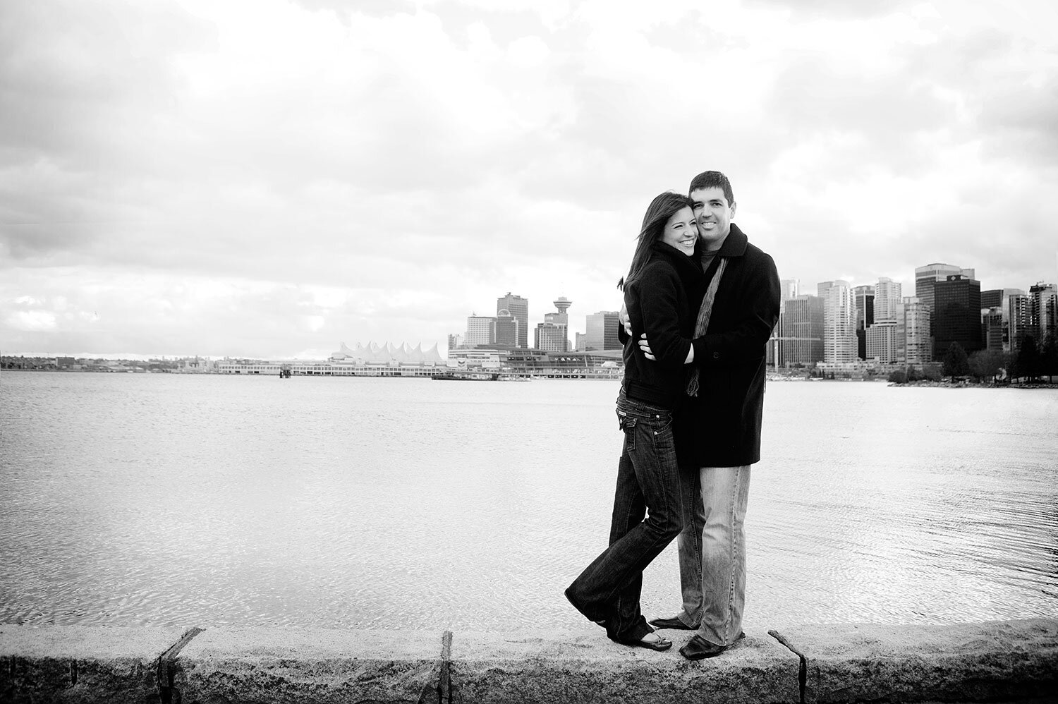 Vancouver-city-view-engagement-session-yaletown-photography-photo