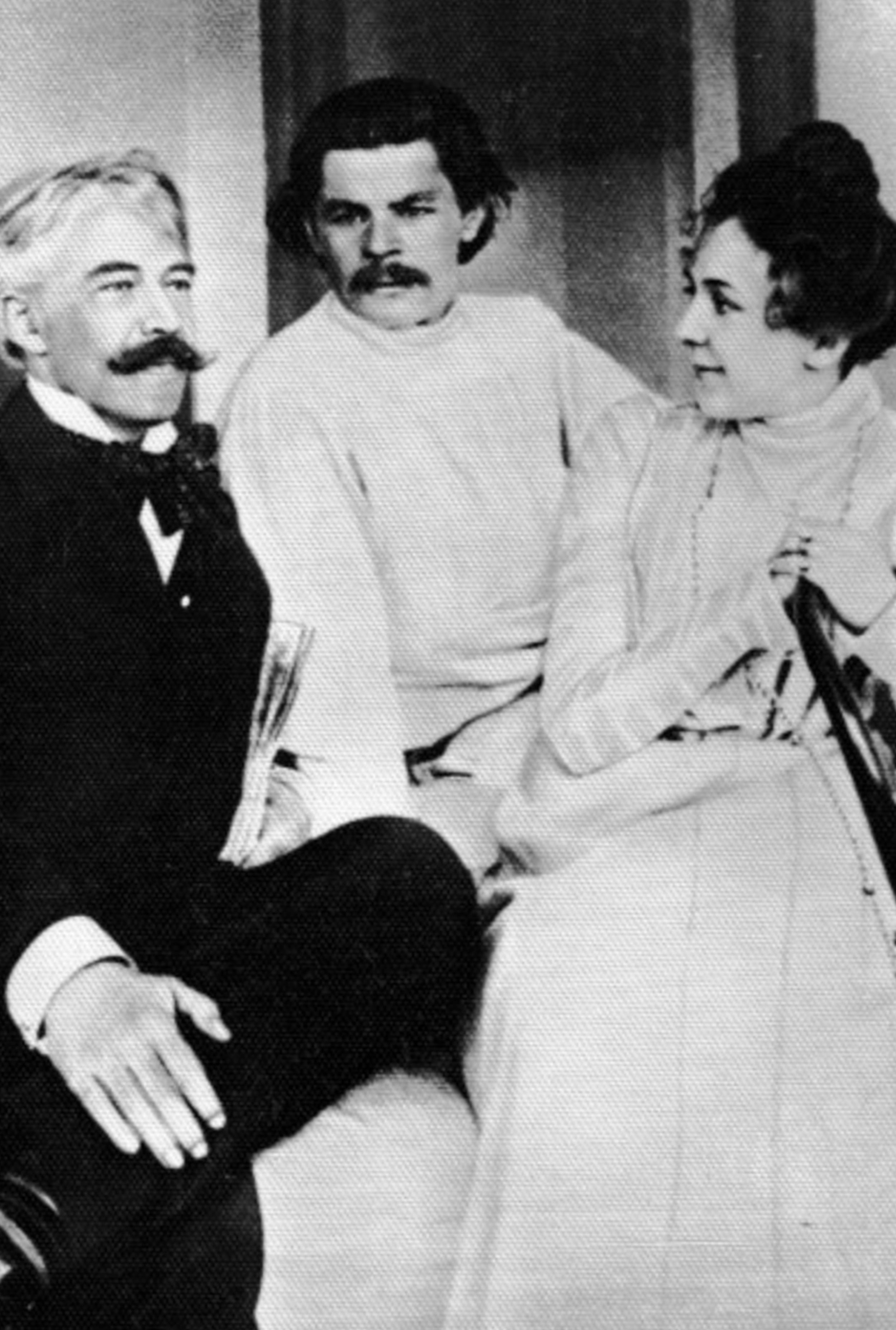 Stanislavski with Maxim Gorky and Lilina (Stanislavsky's wife)