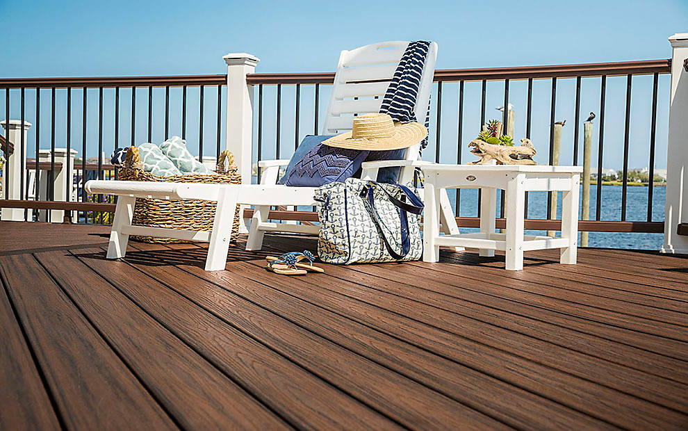 transcend-decking-railing-spiced-rum-monmouth-furniture-008.jpg
