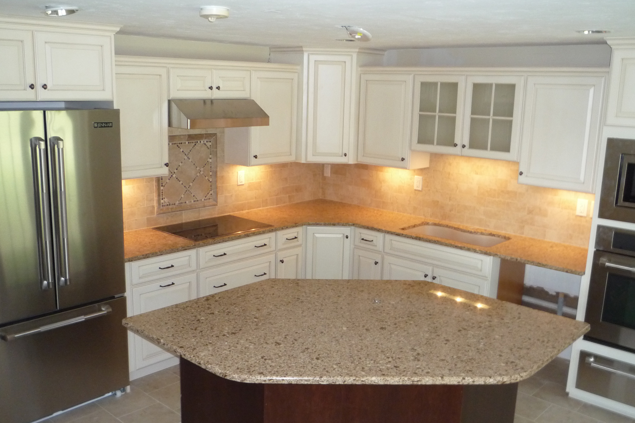 Medallion Cabinetry | Style: Brookhill