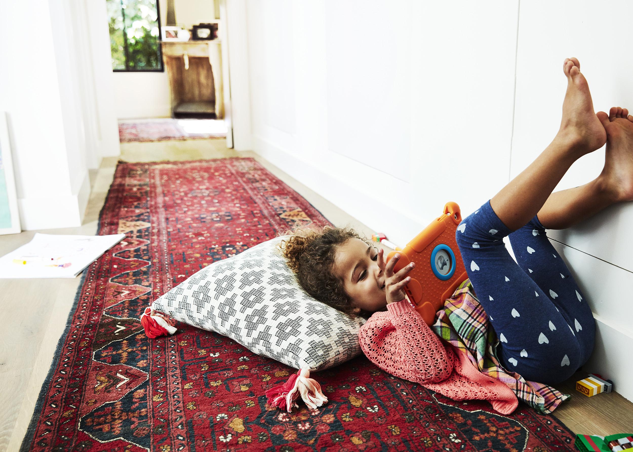 Play_Space_Mom_Kids_0820_V1_final_crop.jpg