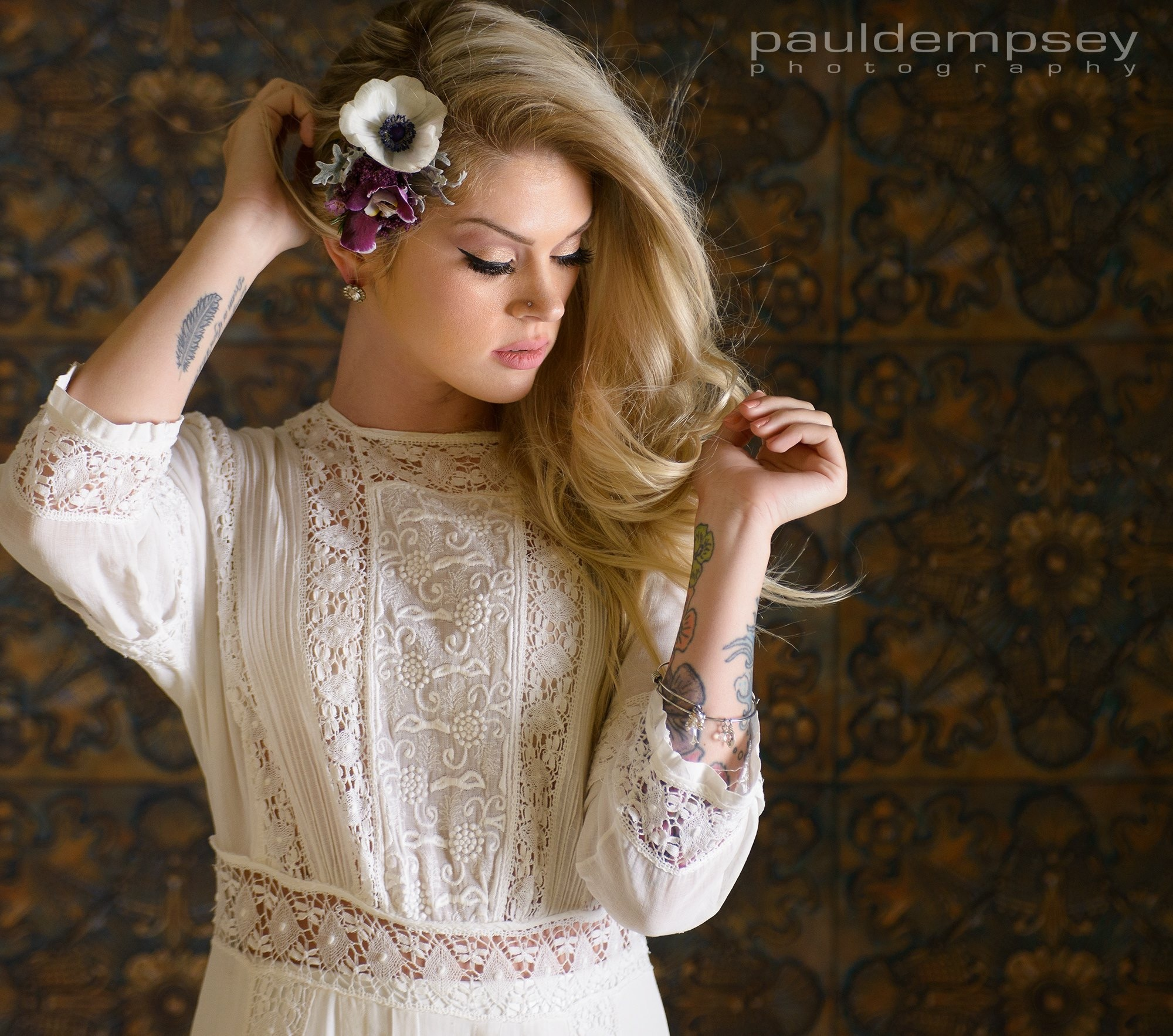 How gorgeous is this boho vintage wedding dress (passed down from the Harrison Sisters great-greats)!!