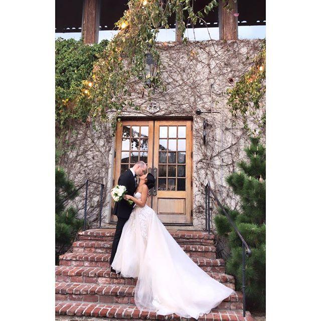 Remember that time when @littlemissgrace3 got married? She was such a beautiful bride👰🏽 . . MUA: @hleemoua @makemeupga  HAIR: @prettybykittyy @makemeupga . . #makemeupga #makemeup #atlantabride #atlantabridal #atlantabridalmakeup #atlantamakeupartist #atlmua #atlantamua #atlantawedding #beautifulbride #gorgeousbride #marchbride #makeupartis #beautifulbridesmaids #springwedding #makeuplooks #bridalmakeupartist #bridalmakeupandhair #atlantahairstylist #loveisintheair #atlantaweddingvenue #bridalmakeupartist #beautifulbridesmaids