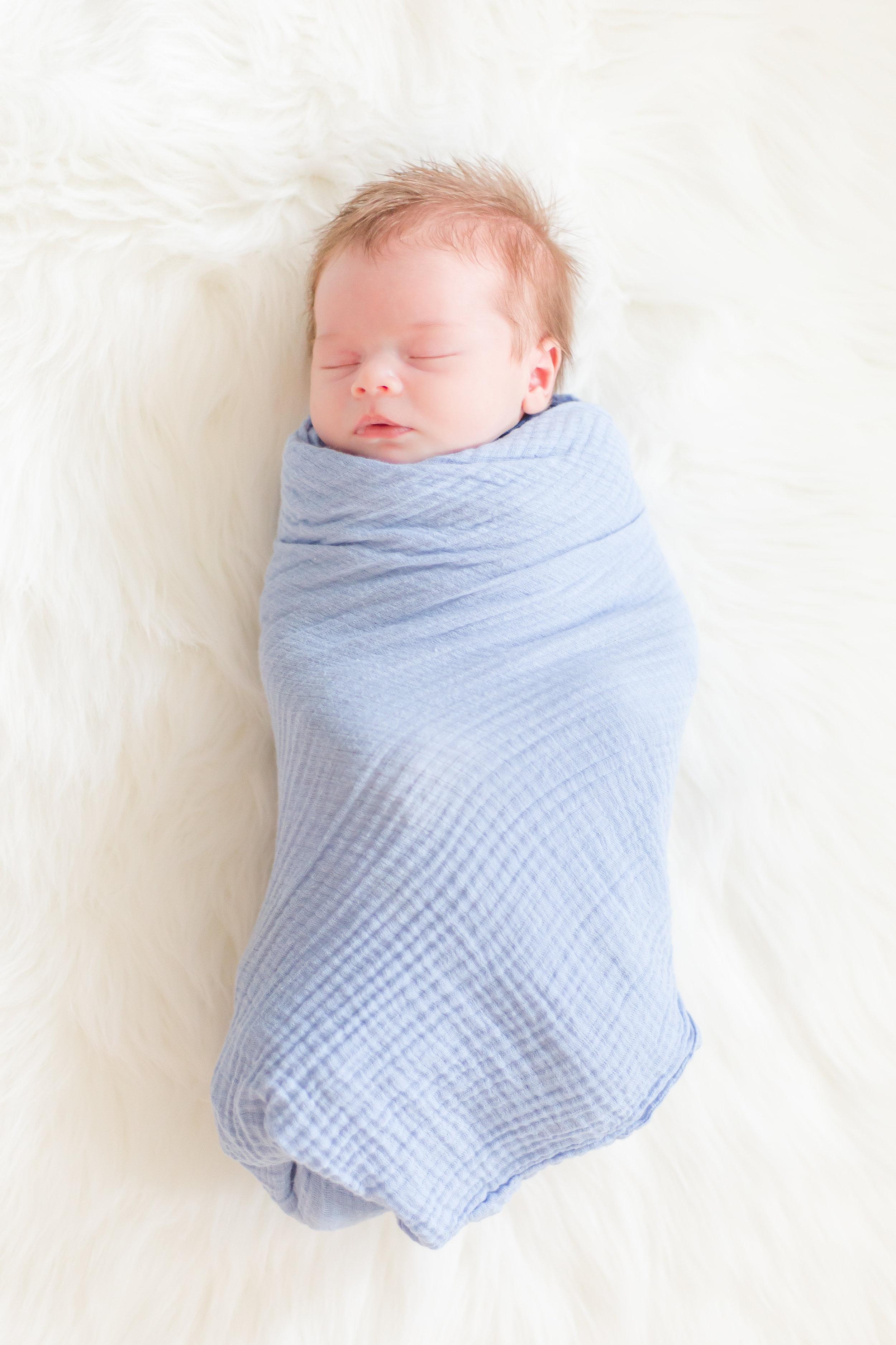 Wheaton Newborn-0572.jpg