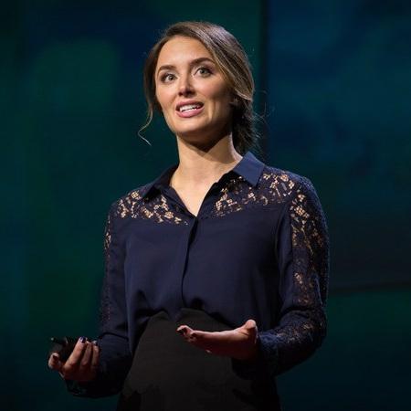 Bettina Warburg - Blockchain Expert