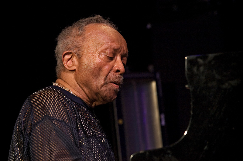 Cecil Taylor at Moers Festival 2008, Michael Hoefner, https://creativecommons.org/licenses/by/3.0/legalcode