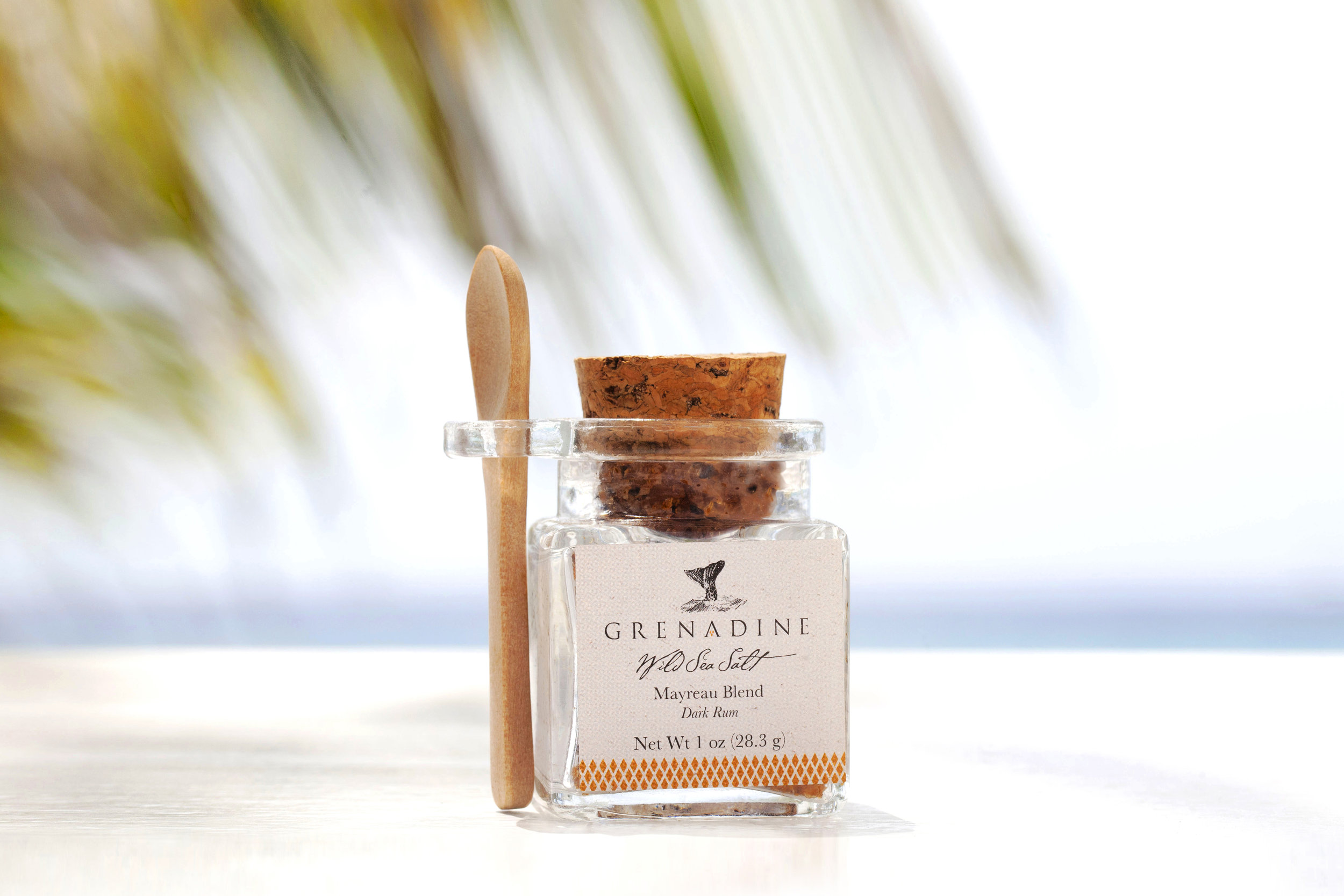 Mayreau Blend - - Dark Rum -This intoxicating blend stirs up island reveries of warm sandy beaches and languid sunsets. This blend enhances the flavor of all seafood, meats, poultry, vegetables and desserts; try sprinkling it atop your mango and banana smoothie or rimming the glass of your favorite cocktail.SIZES1 oz | 2.5 oz | 5.5 oz