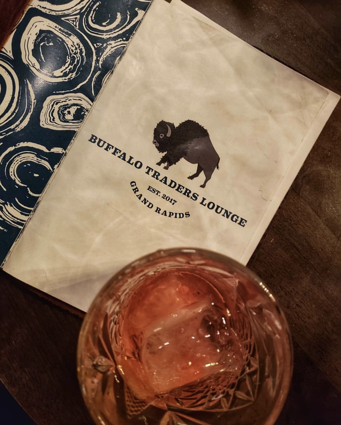 east grand rapids food restaurant drinks buffalo traders lounge