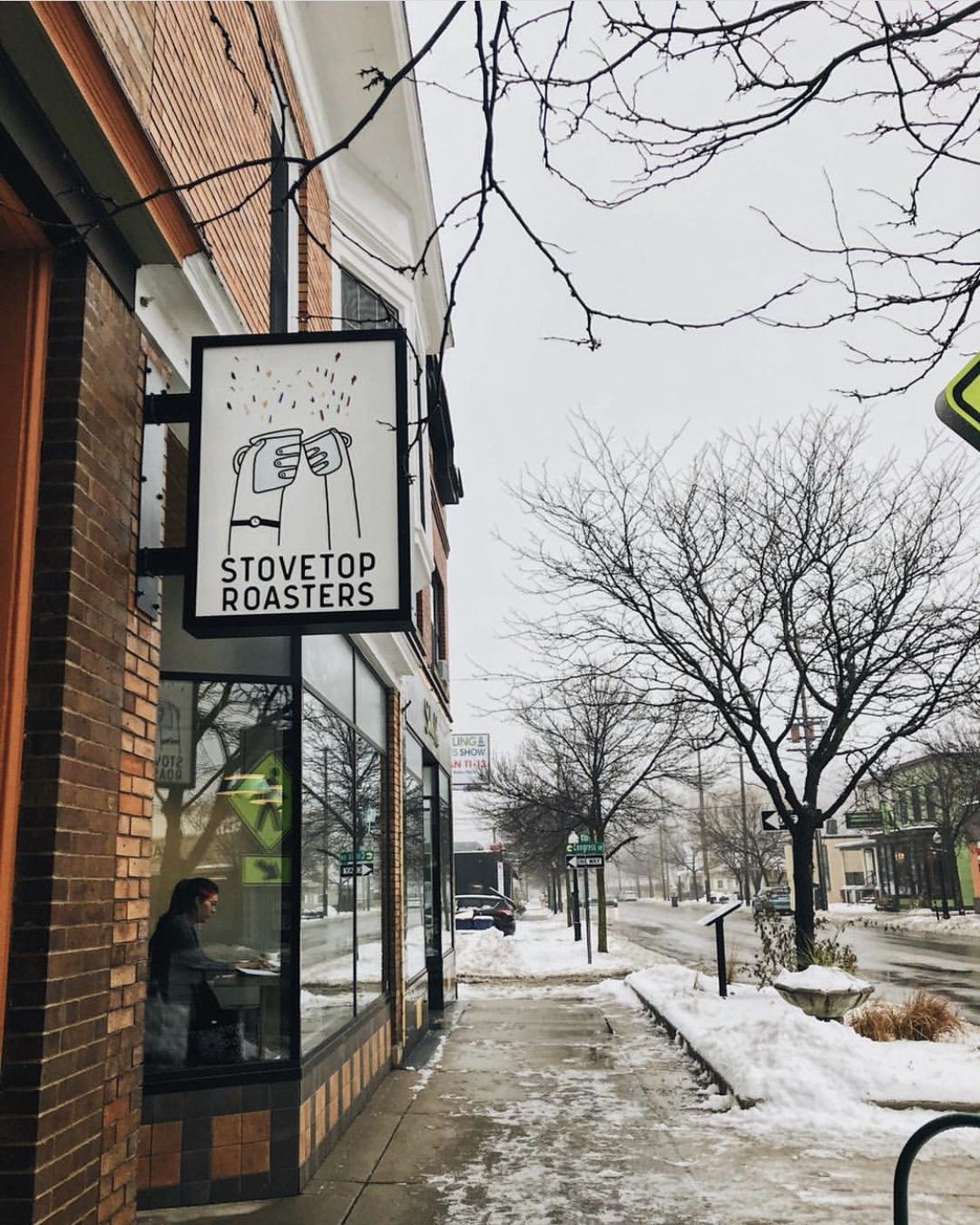 east grand rapids coffee cafe stovetop roasters