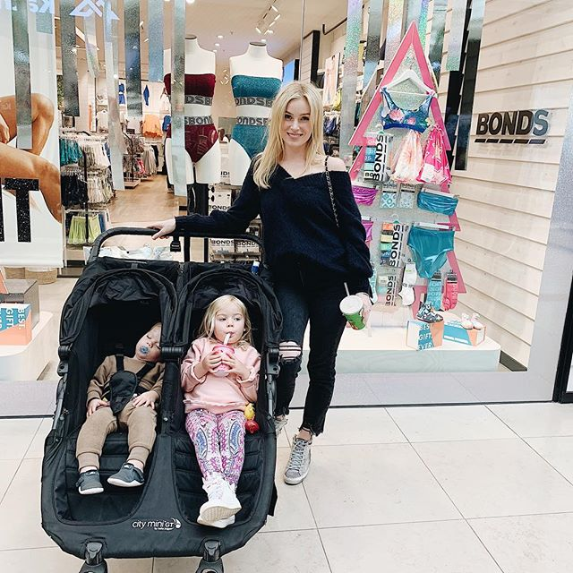 Take over time with the tribe @chadstone_fashion • Here we go!! I've taken over the @bondsaus instagram account... where I'll be showcasing their latest @bondsaus Christmas collection as well as getting some Christmas presents for the #fambam #bondsaus