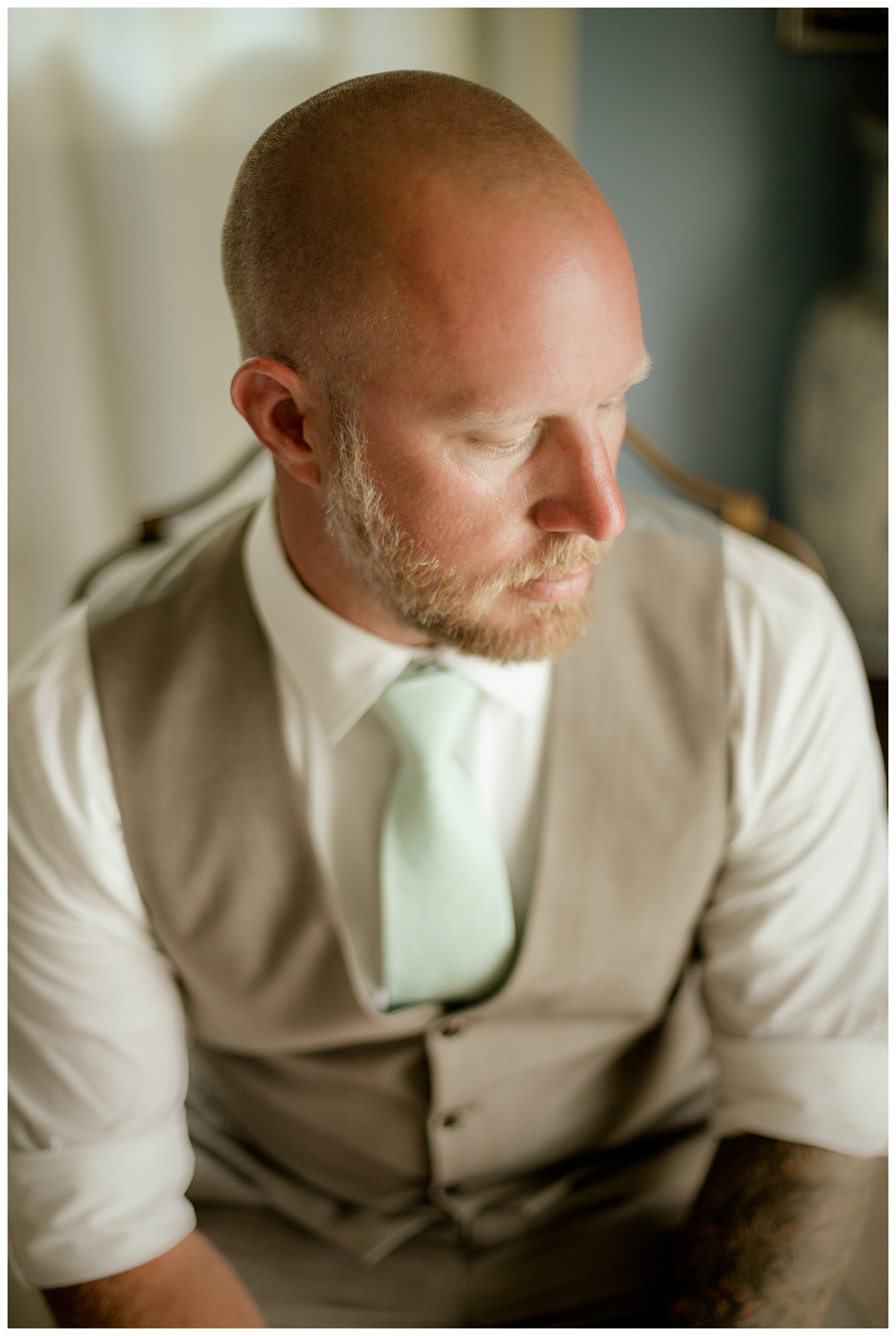 Cleveland Wedding Photographers - Alyssa and Steve_0016.jpg
