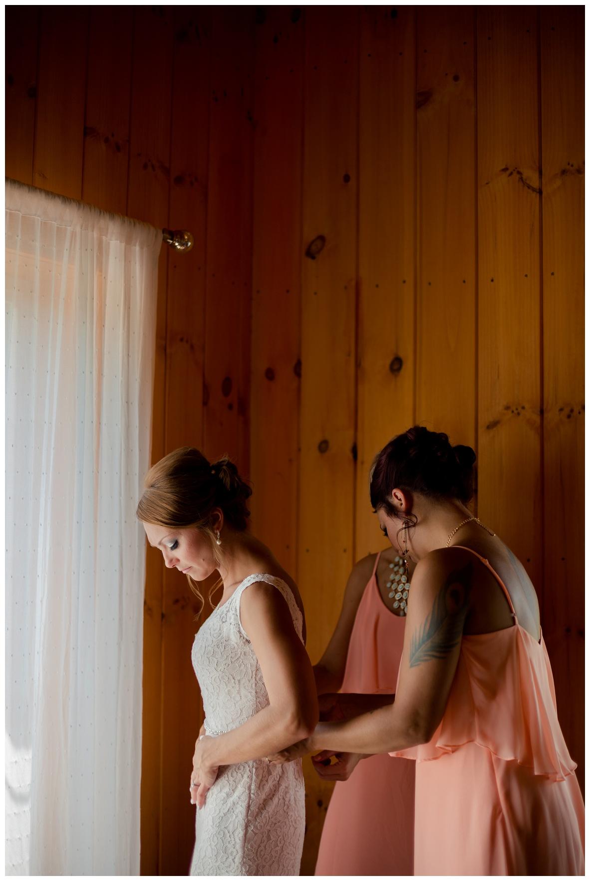 Cleveland Wedding Photographers Ashley and Todd_0013.jpg