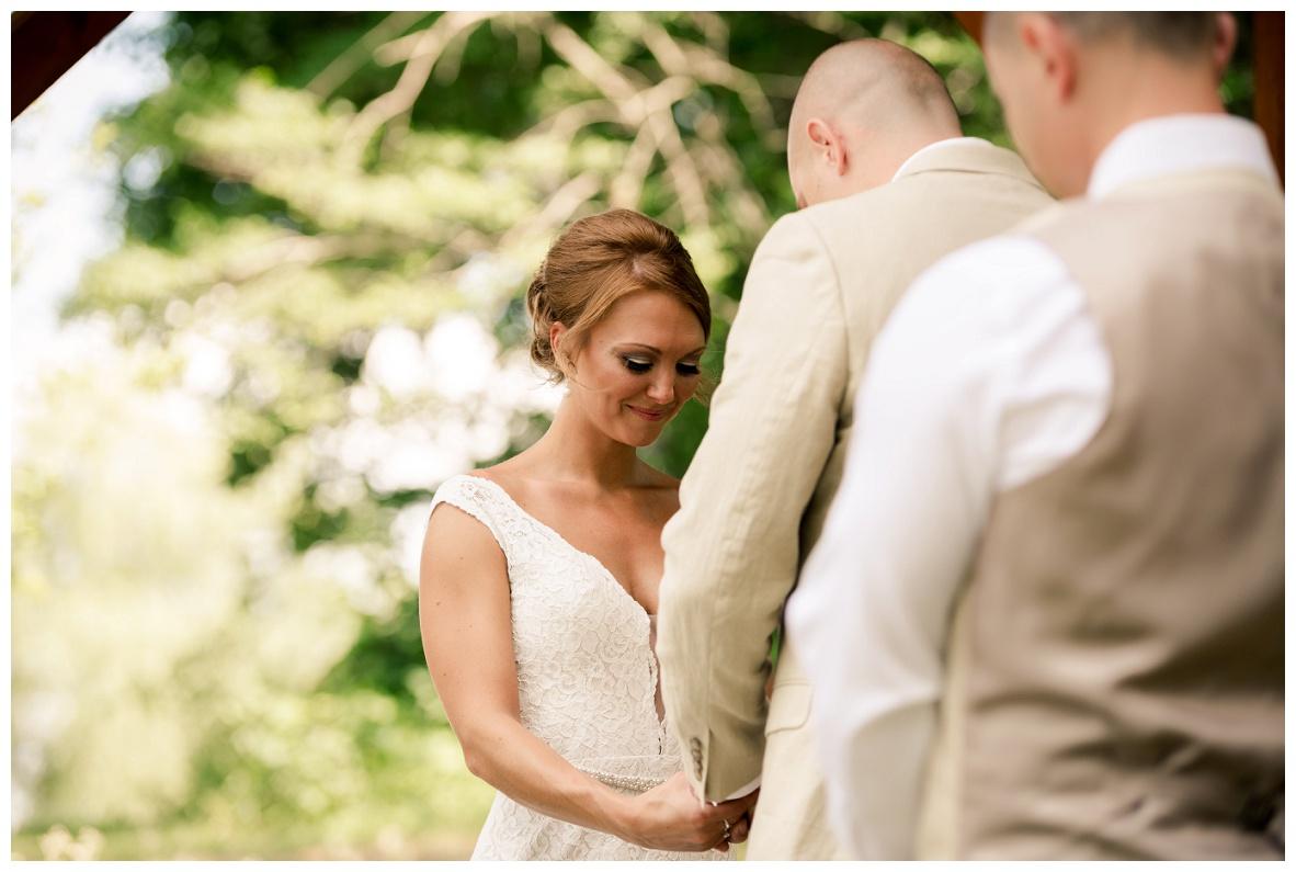 Cleveland Wedding Photographers Ashley and Todd_0031.jpg