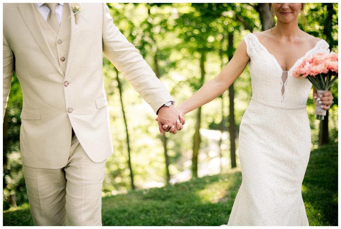 Cleveland Wedding Photographers Ashley and Todd_0051.jpg