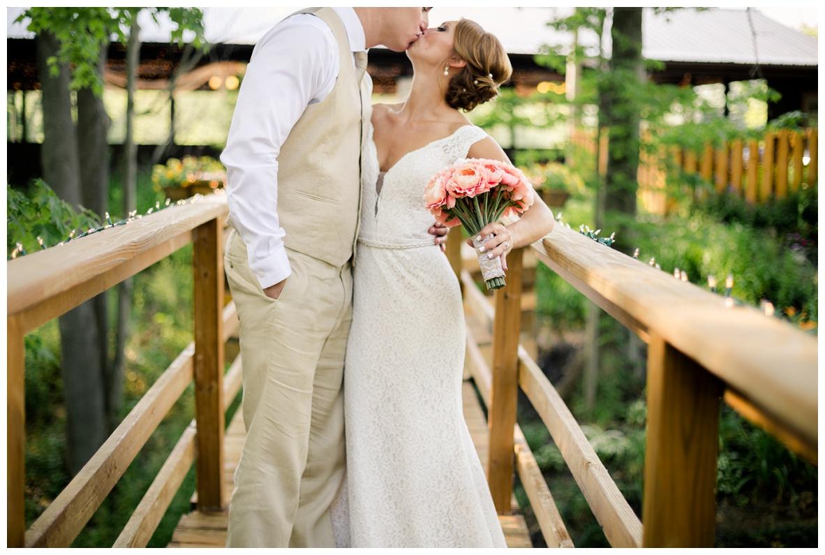 Cleveland Wedding Photographers Ashley and Todd_0057.jpg
