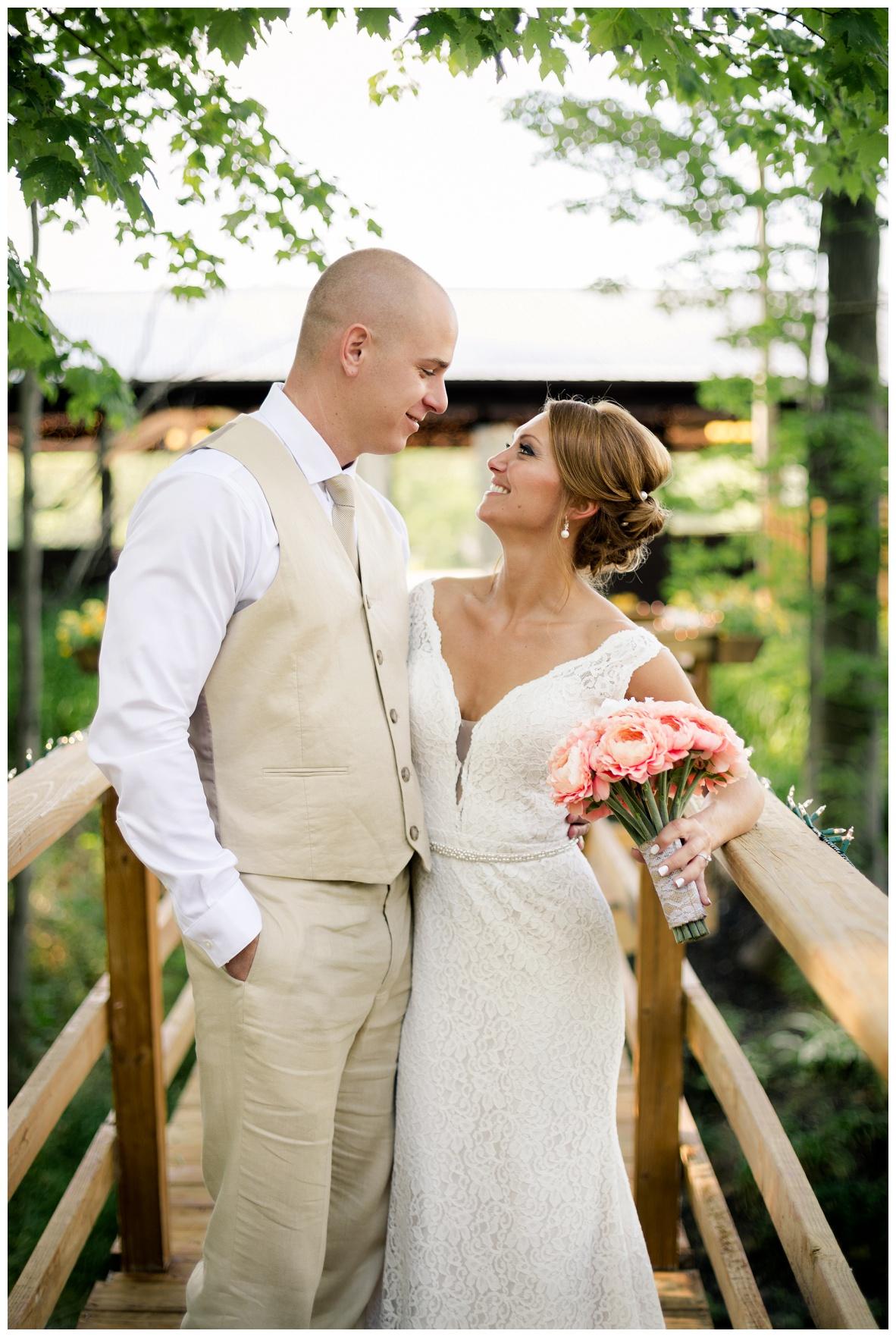 Cleveland Wedding Photographers Ashley and Todd_0058.jpg