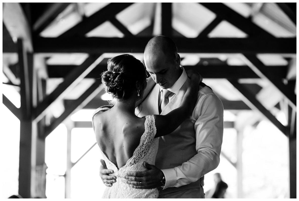 Cleveland Wedding Photographers Ashley and Todd_0064.jpg