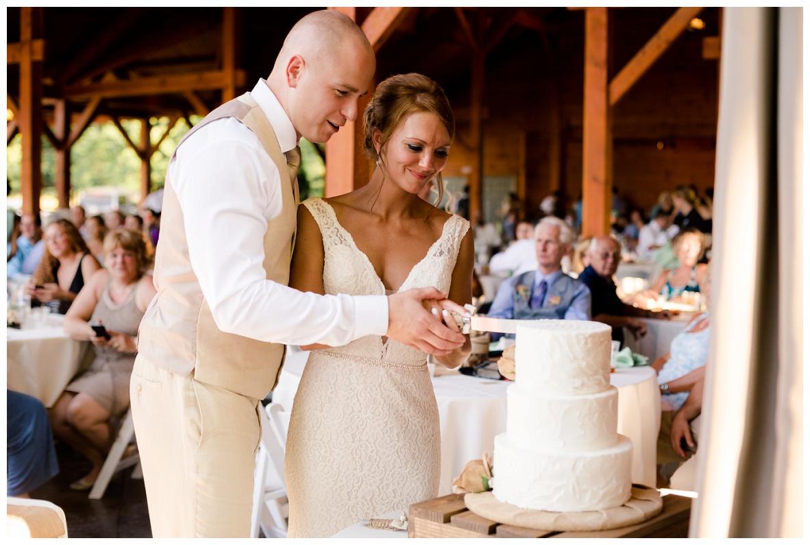 Cleveland Wedding Photographers Ashley and Todd_0087.jpg