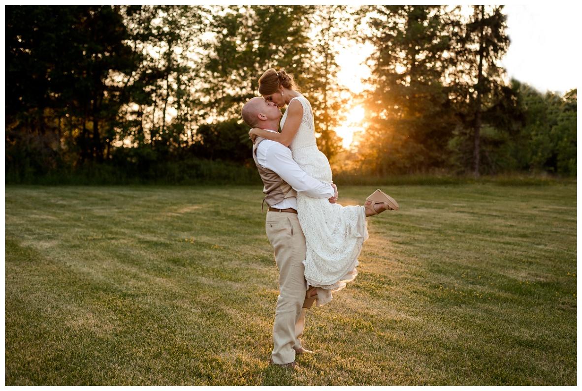 Cleveland Wedding Photographers Ashley and Todd_0105.jpg