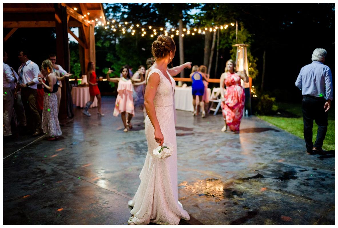 Cleveland Wedding Photographers Ashley and Todd_0120.jpg