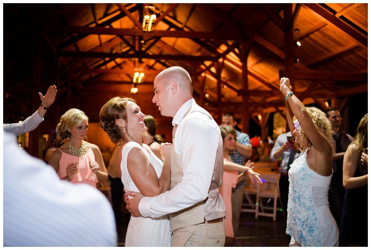 Cleveland Wedding Photographers Ashley and Todd_0139.jpg