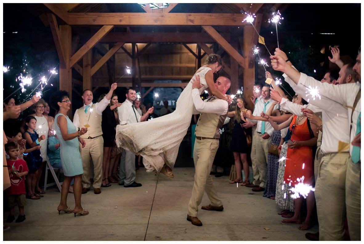Cleveland Wedding Photographers Ashley and Todd_0147.jpg